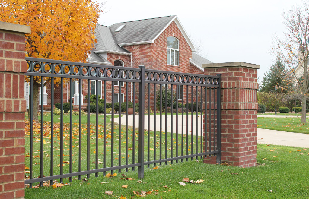 Specialty fence - 200 series A with rings (special order)